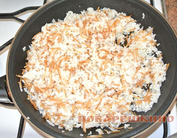 Рис с жареной вермишелью