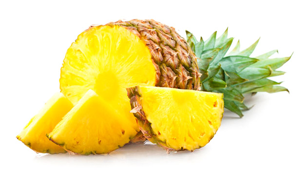 Как правильно чистить ананас?
