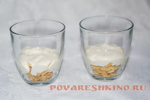 Десерт творожный с кукурузными хлопьями