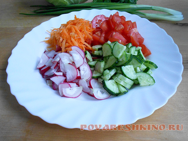 Салат Витаминный из капусты и моркови