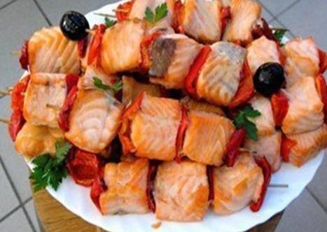 Рыбный шашлык рецепт на мангале 15