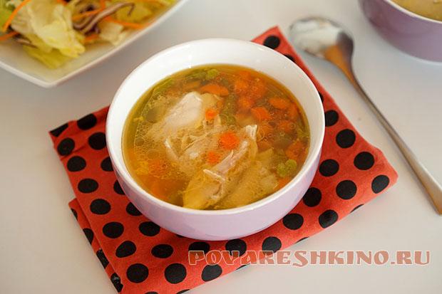Быстрый куриный супчик из замороженных овощей